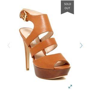 Guess Onani Platform Heel